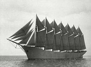 300px-Schooner_'Thomas_W._Lawson'_1902-1907a